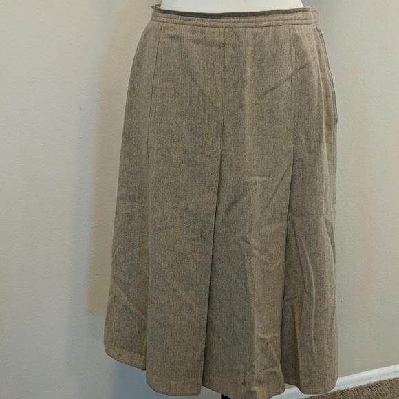 483684af64e Yves Saint Laurent Skirts | Ysl Vintage Beige Pleated Wool Skirt ...